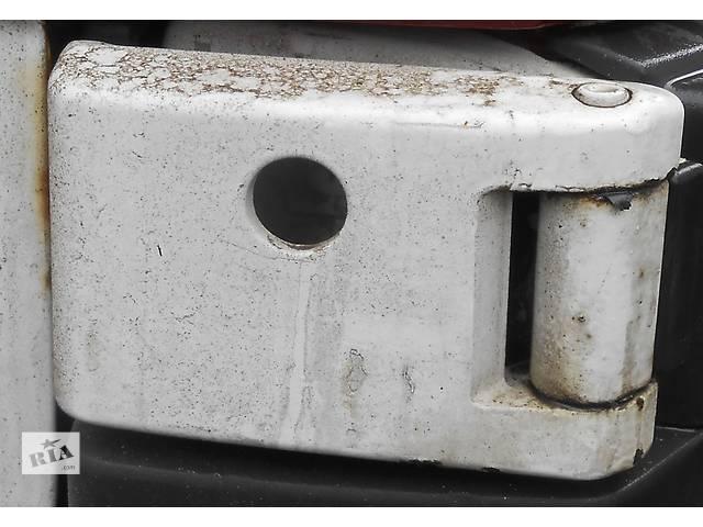 бу Петля двери, завеси Mercedes Sprinter 906 903 ( 2.2 3.0 CDi) 215, 313, 315, 415, 218, 318 (2000-12р) в Ровно
