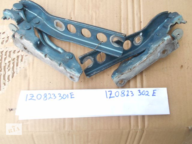 продам петля капота для Skoda Octavia A5, 2007, 1Z0823301E, 1Z0823302E бу в Львове