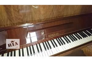 б/в Класичні фортепіано