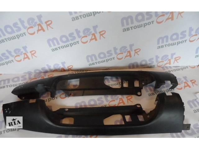 купить бу Пластик под фонарём для Фиат Добло Fiat Doblо 1.6 16 v (Метан/Бензин) 2000-2009 в Ровно