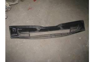 б/у Пластик под лобовое стекло BMW X5