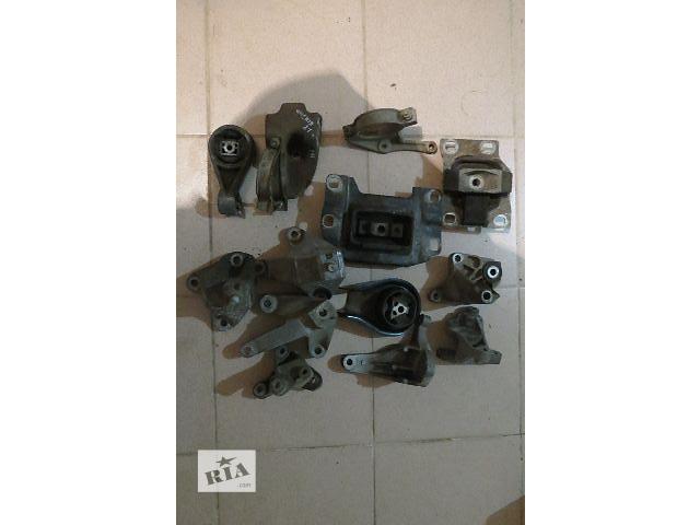купить бу Подушка АКПП/КПП для легкового авто Ford Focus в Житомире