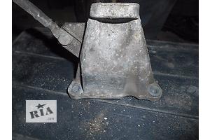 б/у Подушки мотора Volkswagen Passat B5