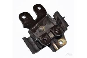б/у Подушки мотора Nissan Terrano