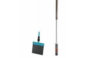 Скребок для льда и снега Gardena Combisystem 15 см и деревянная ручка 130 см (03250-30)