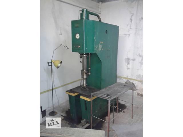 продам Пресс гидравлический 25 тонн бу в Львове