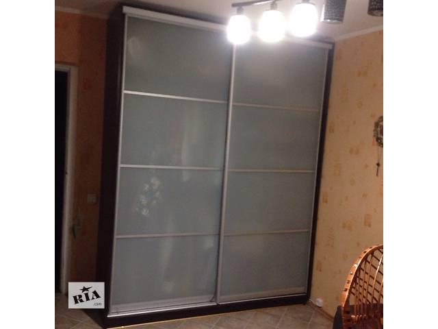 Продам мебель б/у (горка + шкаф купе) в отличном состоянии - объявление о продаже  в Киеве