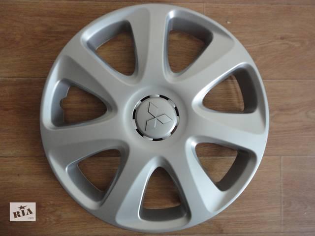 купить бу Продам Оригинальные колпаки на колеса Оригинальные колпаки на Mitsubishi Lancer X Лансер 10 R16 Оригинал A364A в Киеве