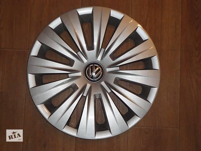 купить бу Продам Оригинальные колпаки на колеса Volkswagen Golf 7 R15 Фольксваген Гольф 7 R15 Оригинал 5G0 .601.147 в Киеве