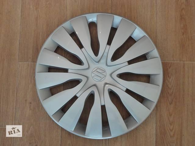 купить бу Продам Оригинальные колпаки Suzuki SX4 (Сузуки SX4) Suzuki Grand Vitara (Сузуки Гранд Витара) R16 Оригинал 43250-61M00 в Киеве