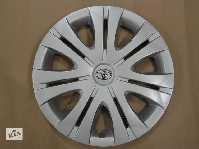купить бу Продам Оригинальные колпаки Toyota Corolla Тойота Королла R16 Оригинал 2979B в Киеве