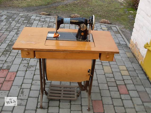 продам продам швейную машинку бу в Полтаве