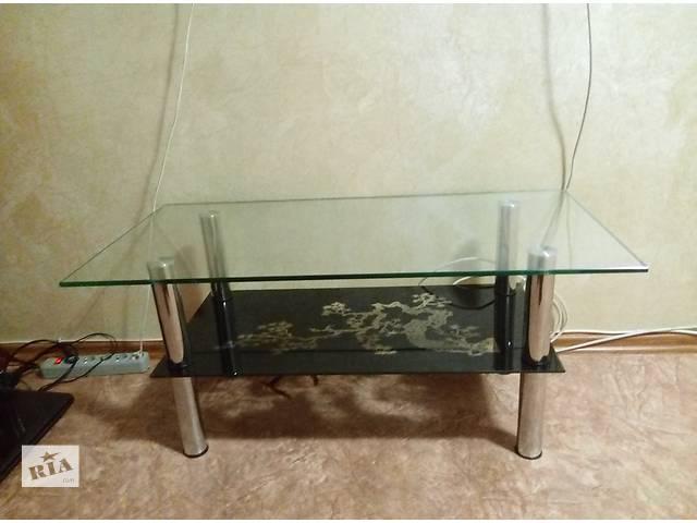 Продам стильный стеклянный столик 100*50- объявление о продаже  в Киеве