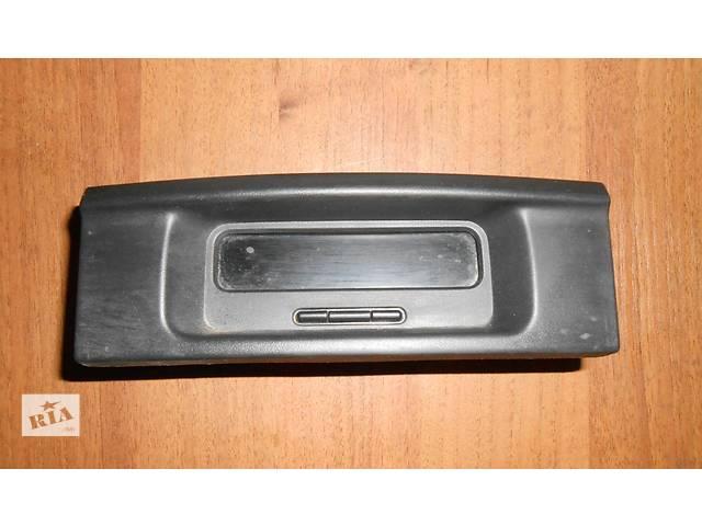 бу Приборы передней панели, часы (дисплей, экран, табло) Р8200028364, 8200584888 Renault Trafic Рено Трафик Opel Vivaro в Ровно