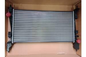 Радиатор охлаждения двигателя Пежо Бипер, Ситроен Немо, Фиат Фиорино 1.4 hdi 2007-