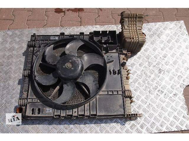 купить бу радиатор тосола на Mercedes Vito с 1996 - 2003рв мотор 2.3 д возможно 2.2 сди немецкого производства фирмы BEHR в Черновцах