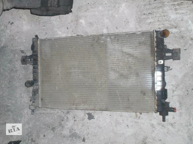 купить бу радиатор для Opel Astra H, 1.4i, 2006, 13128801 в Львове