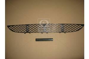 Решетка средняя переднего бампера MB 210 99- (пр-во TEMPEST)