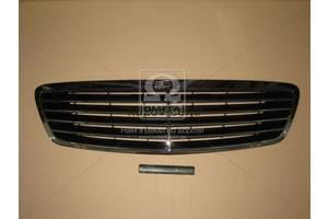 Новые Решётки бампера Mercedes 220