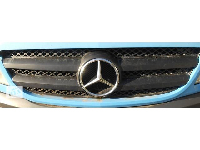 купить бу Решётка радиатора, бампера Mercedes Sprinter 906 903 ( 2.2 3.0 CDi) 215, 313, 315, 415, 218, 318 (2000-12р) в Ровно