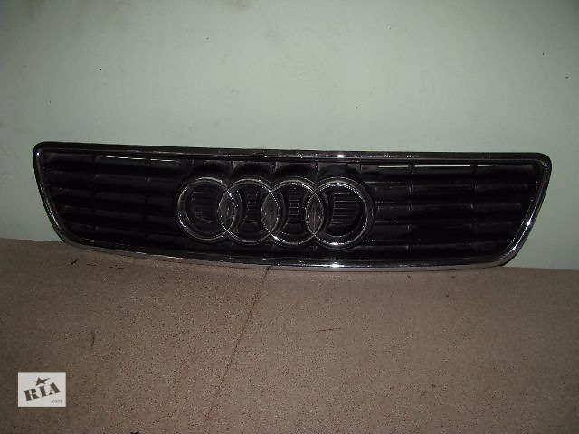 продам решётка радиатора для Audi A6, 1996 бу в Львове