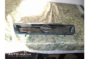 грати радіатора Opel Vectra A