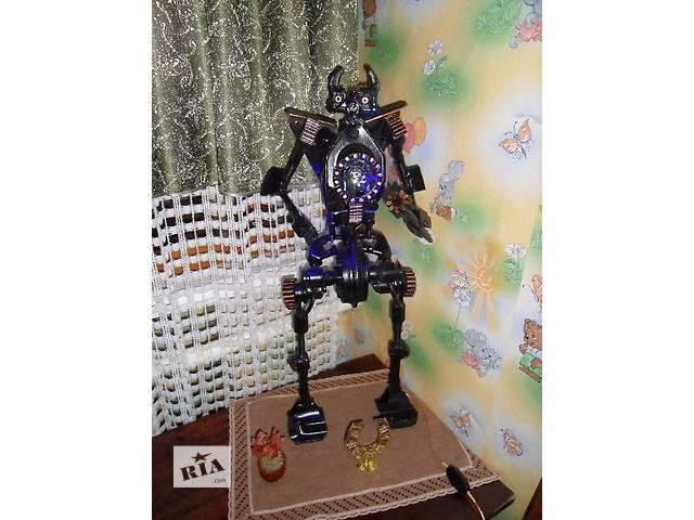 продам Ночник-Робот из металла Трансформер бу в Скадовске
