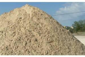 Будівельні матеріали: пісок, щебінь, відсів, цегла, земля, камінь