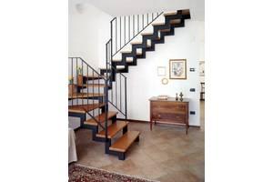 Металеві сходи , металокаркаси під сходи, зварювальні роботи