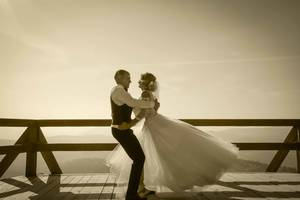 Видеооператор.Фотограф на свадьба.Видеосъемка в Львове.Свадебный фотограф.Двухкамерная съемка.Креативная видеосъемка.
