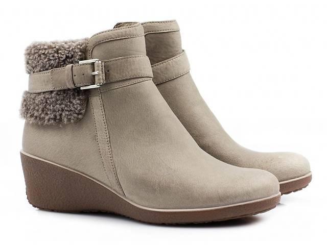Черевики жіночі ECCO - Жіноче взуття в Харкові на RIA.com 765b426b7ba8c