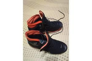 Нові Жіночі черевики і напівчеревики Adidas