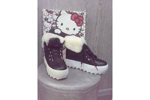 Новые Женские ботинки и полуботинки Bata