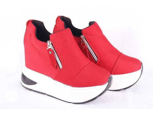 Жіночі кросівки на платформі 00218 - Жіноче взуття в Мелітополі на ... e15f82025b27b