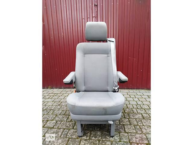 продам сидіння поворотне 2го ряду для фольксваген т4, мультиван  Б/у сиденье для Volkswagen T4 (Transporter) бу в Яворове