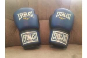 Нові Боксерські рукавички Everlast