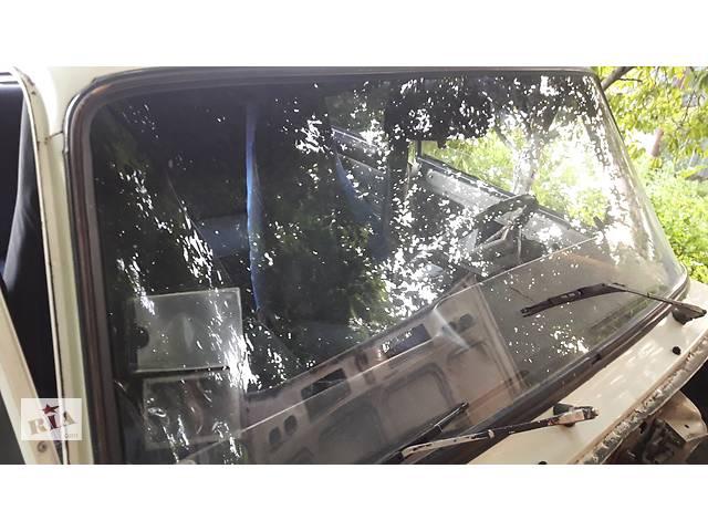 купить бу Стекло лобовое/ветровое для ВАЗ 2107 в Умани
