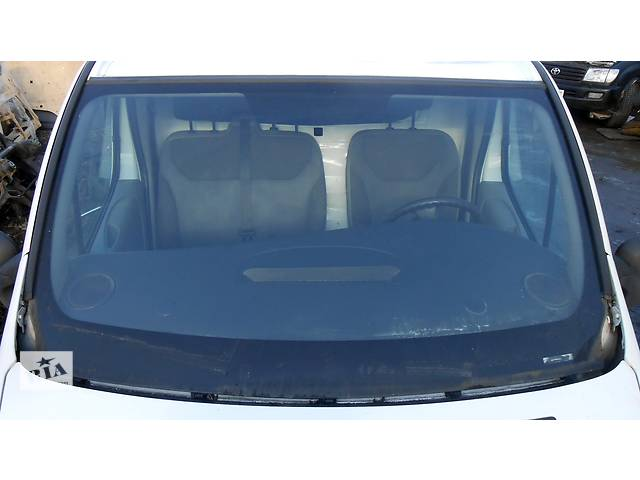 продам Стекло лобовое/ ветровое, стекло лобовое Renault Trafic 1.9, 2.0, 2.5 Рено Трафик (Vivaro, Виваро) 2001-2009гг бу в Ровно