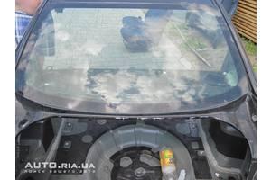 Стекла двери Mazda 3