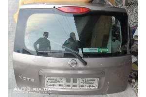 Стекла двери Nissan Note