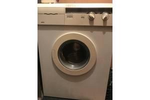 б/у Фронтальные стиральные машинки Zanussi