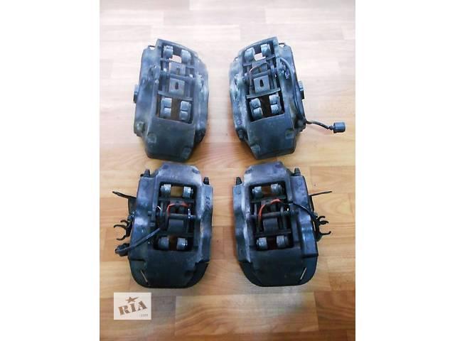 продам Суппорт Супорт передний передній 7L6615123F 7L6615124F 7L6615125A 2.5 TDi Volkswagen T5 Transporter 2003 - 2010 бу в Ровно