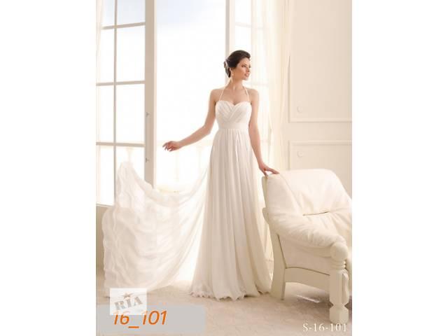 бу Свадебное платье 44 размера, шлейф 1 метр в Киеве