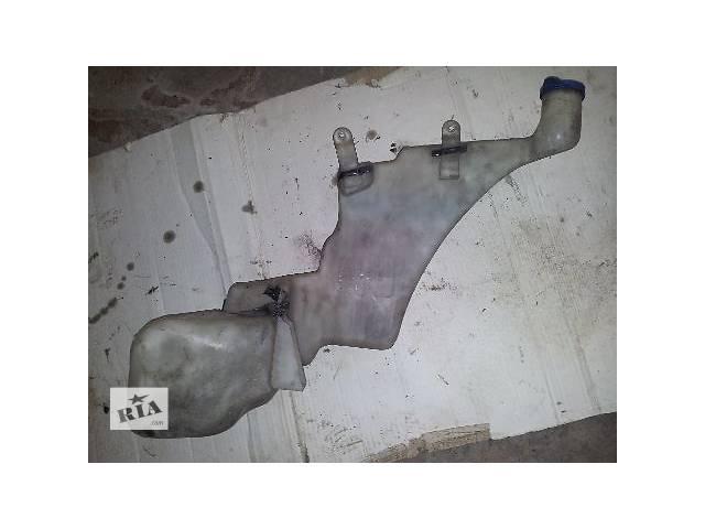купить бу Система очистки окон и фар Бачок омывателя Легковой Audi A8 96-02 в Львове