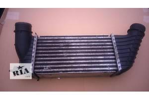 радіатори интеркуллера Peugeot Expert