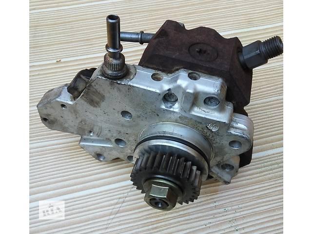 купить бу Топливный насос высокого давления 8200803375 (ТНВД) 2.0 dci  Renault Trafic Трафик 07-11гг в Ровно