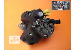 б/у Топливные насосы высокого давления/трубки/шестерни Renault Trafic