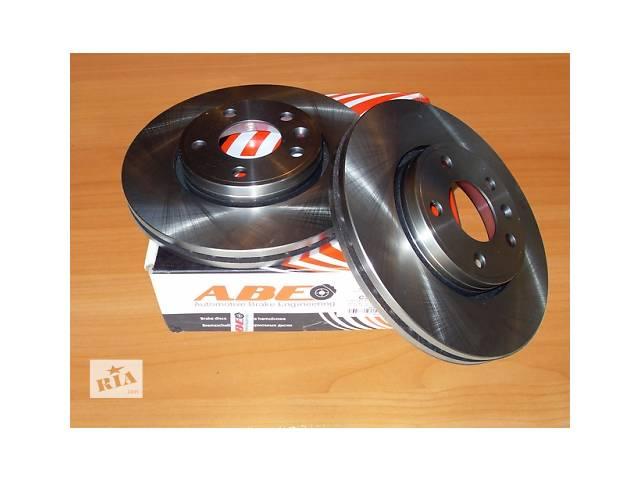 купить бу Тормозной диск передний ( вентилируемый )  ABE   Польша  на  1.9 / 2.0 / 2.5dci  -  RENAULT  TRAFIC / OPEL VIVARO в Луцке