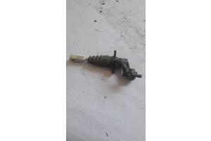 Цилиндр сцепления главный Volkswagen Passat b5 8E2721401AA