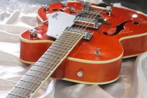 Уроки игры на гитаре. Обучение игре на электрогитаре и бас-гитаре. Харьков